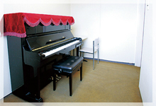 ピアノレッスン室写真